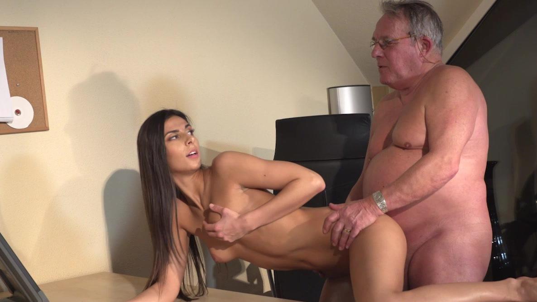 porn woman old Fucking