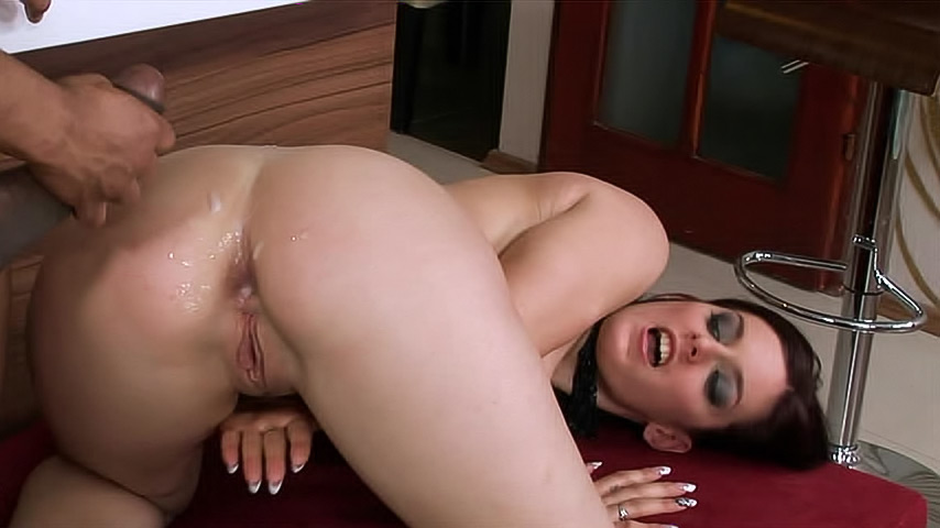 White Girl Sucks Cum Out Bbc