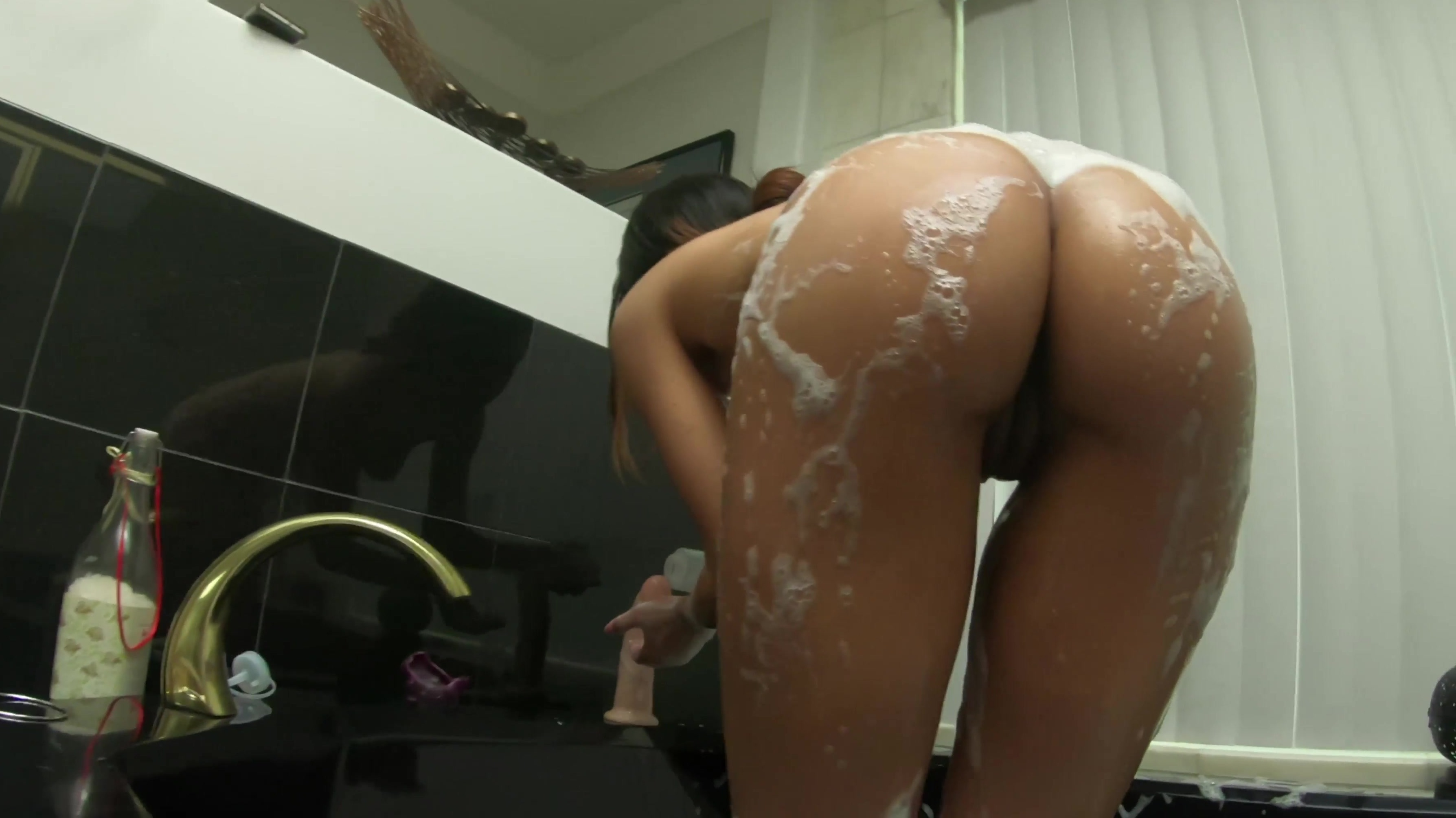 maya bijou toys up her ass