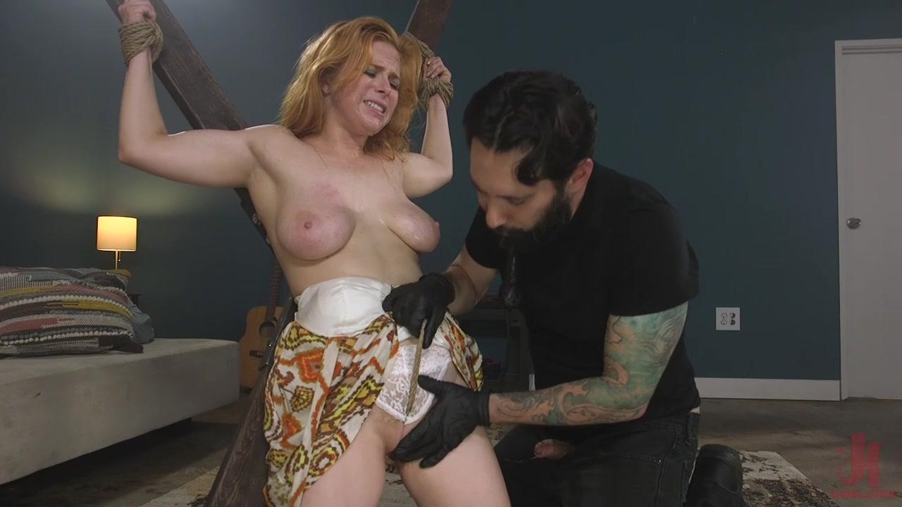 Strip naked doctor girl