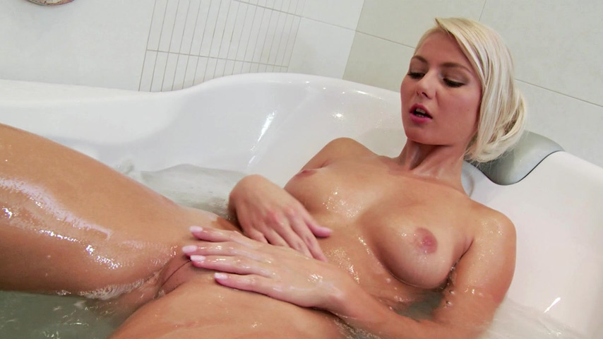 Sexy blonde ass fisting