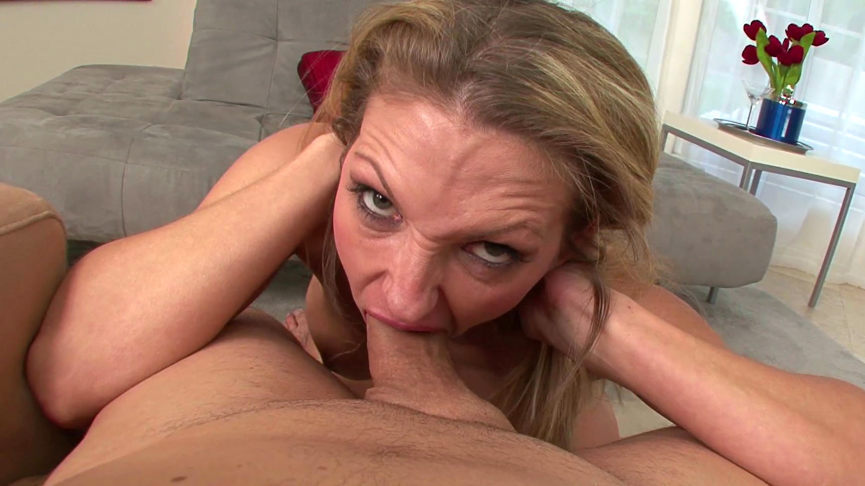 Deepthroat Blonde