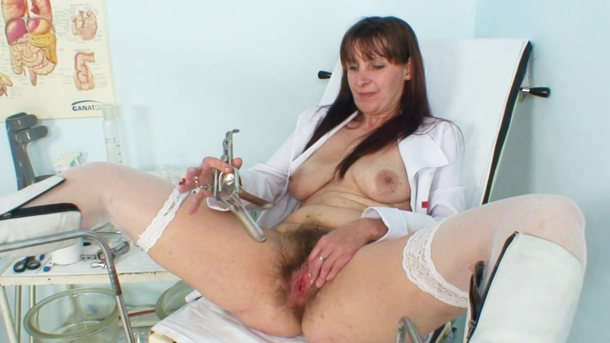 hirsute ladies Mature